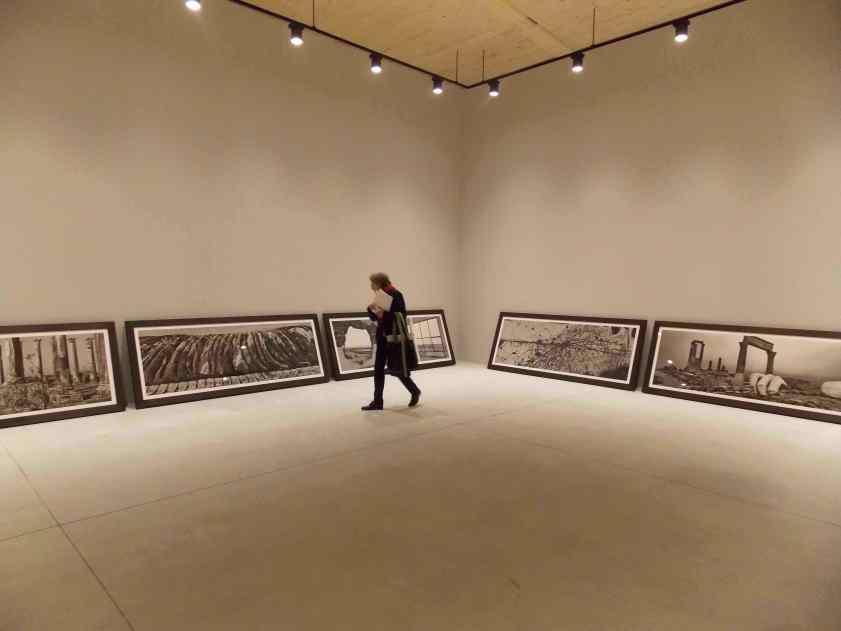 Padiglione Santa Sede, De-Creazione – Josef Koudelka, veduta dell'allestimento Foto Francesca Boschetti © Josef Koudelka, Magnum Photos