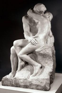 Auguste Rodin, Il bacio, 1882 circa © Musée des Beaux-Arts de Dijon Foto di Michel Bourguin