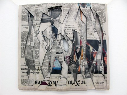 Tobias Putrih - Times, April 19 - 2011 tecnica mista su carta cm 31 x 31. Frammenti di un discorso amoroso