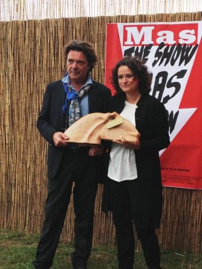 Paolo De Grandis consegna il premio Open 2014 a Rä di Martino