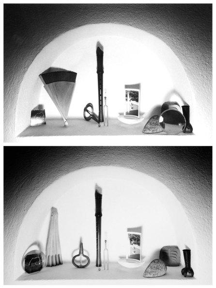 Paolo Icaro, Nicchie, 1974, fotografie in b/n, cm.12,5x17,5(x2), dittico (Courtesy l'artista e P420, Bologna)