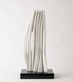 Pablo Atchugarry, 2014, marmo di Carrara, 66.5x26.5x14.5 cm