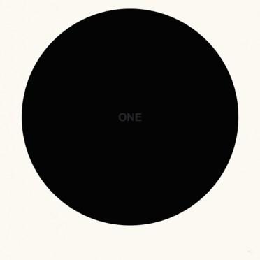 Franco Cervi, One (2), 2014, serigrafia artistica a due colori su carta accoppiata con lastra di alluminio, 120x120 cm, Ed. di 5+ 1 p.a.