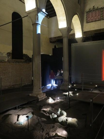 Grisha Bruskin, La collezione di un archeologo, interno dell'ex Chiesa di Santa Caterina, Venezia