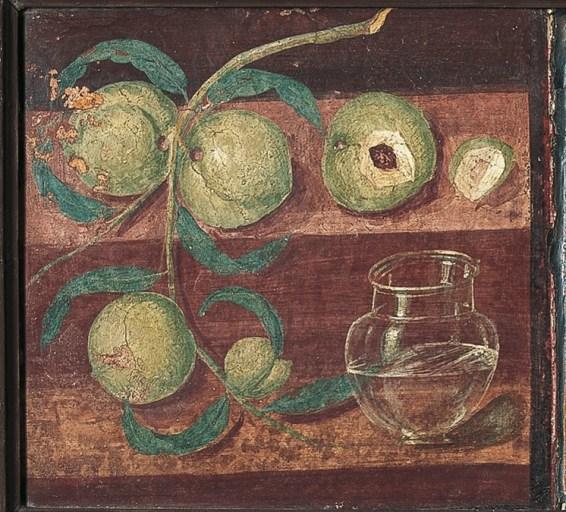 Pittura:natura morta con pesce e vaso di vetro, da Ercolano, Casa dei Cervi, 45-79 d.C., affresco, altezza 46 cm, larghezza 127 cm, Museo Archeologico Nazionale, Napoli (inv. 8645A)