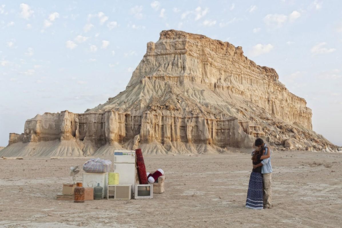 Gohar Dashti, Stateless – 2014-2015 – 80x120 cm, archival digital pigment print. Edizione di 10. Courtesy l'artista e Officine dell'Immagine, Milano