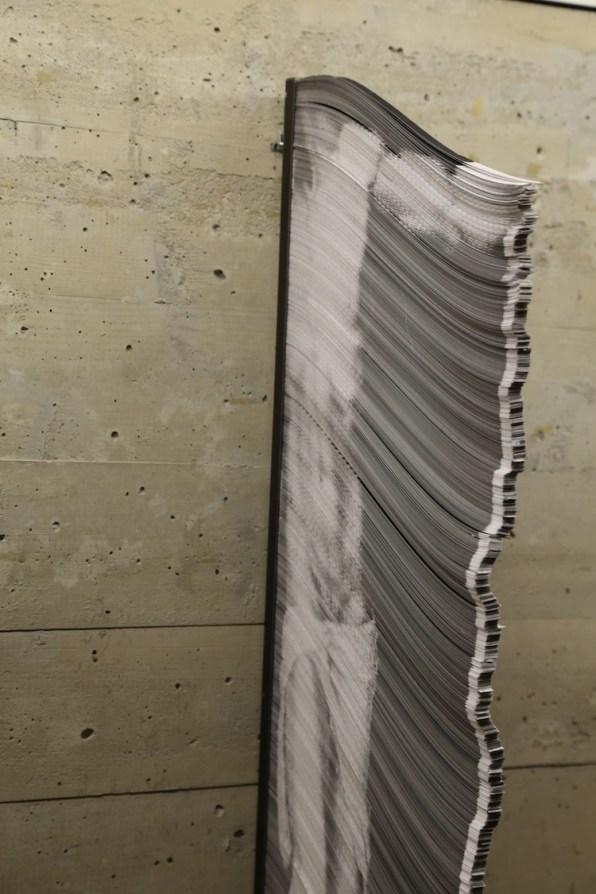 Giorgio Tentolini, Vulnerabili, 2016-17, stampa laser su circa 5400 striscioline di carta bianca, 110x52 cm (dettaglio)