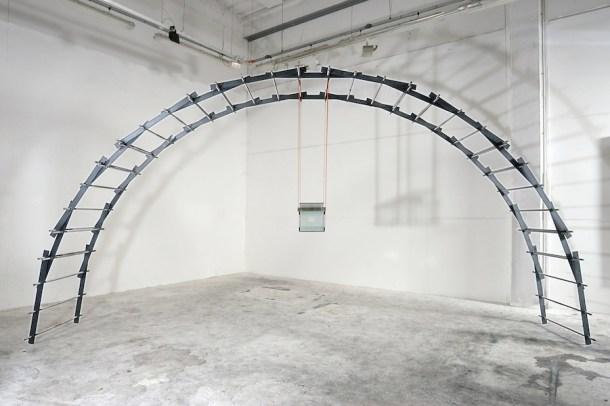 Giovanni Termini, Zona franca, 2006, ferro, zincato, vetro, acciaio e fasce in nylon, 300x600x110 cm Foto Michele Alberto Sereni