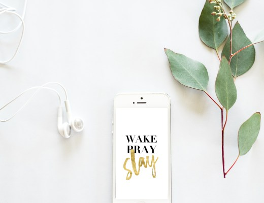 Free gold 'Wake, Pray, Slay' phone wallpaper || Essie Does Summer