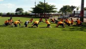CRB treina em Goiânia de olho na volta ao G4 da Série B