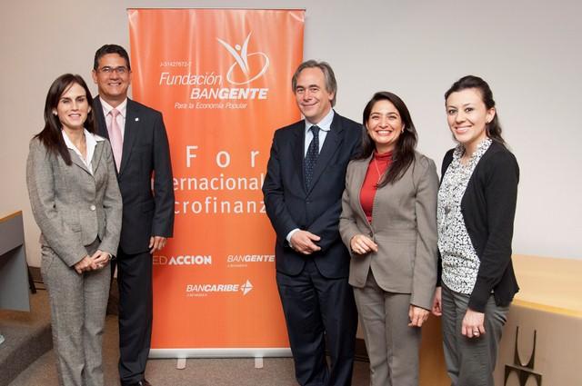 Ponentes IV Foro de Microfinanzas Bangente