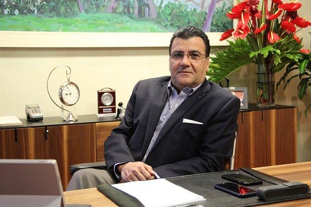 Andrés Pérez C.