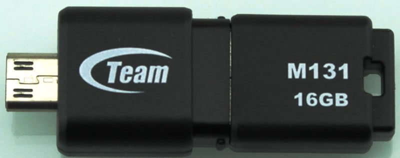 TeamGroup_M131_Dual_USB2_Flashdrive-Photo-front