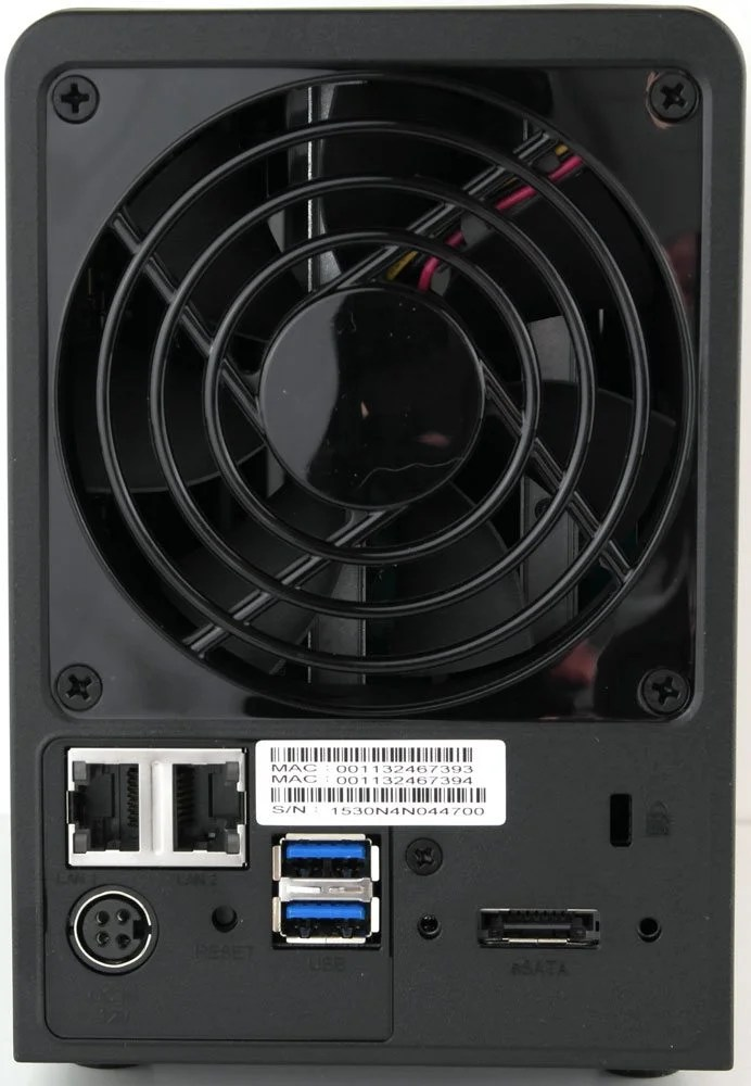 Synology_DS215p-Photo-rear