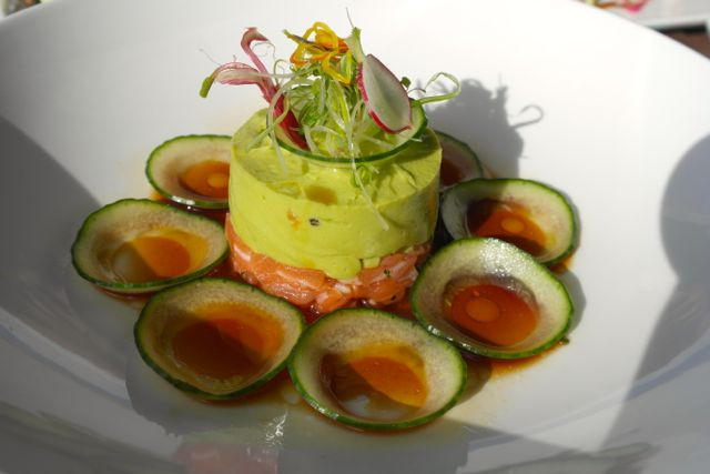 Amazeballs salmon tartar at Two Oceans Restaurant, Cape Point.