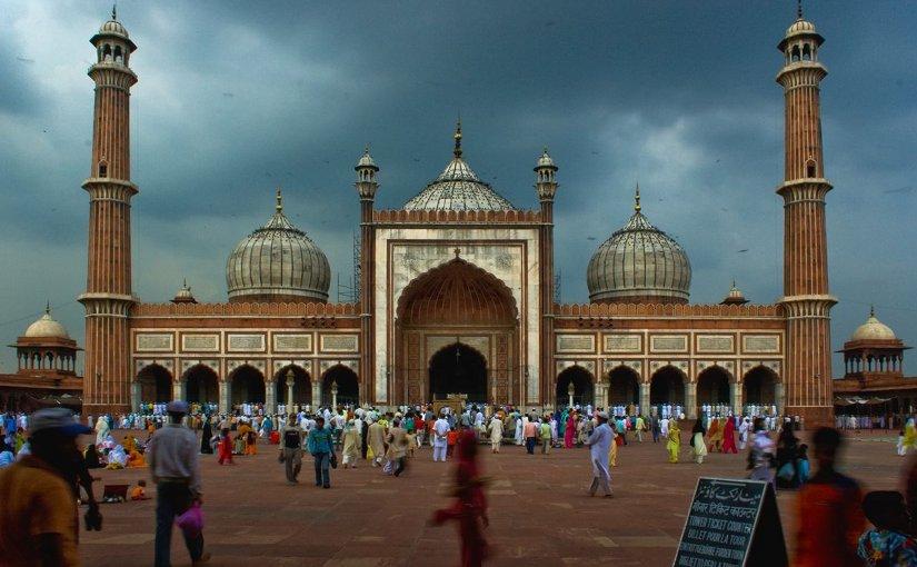 Rise Of Minority Muslim Population Poses Challenge To India's Democracy – Analysis