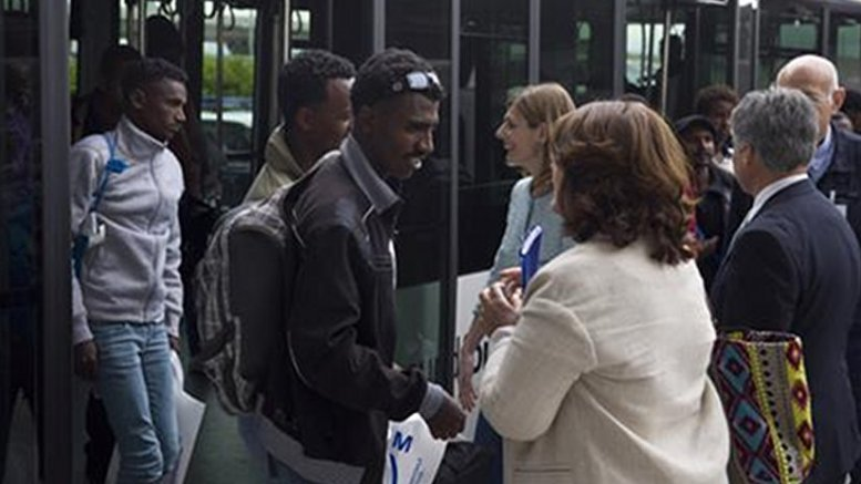 Spain 22 refugees arrive from italy to be relocated for Ministerio del interior spain