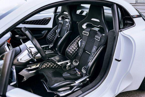 Renault-Alpine-1200x800-0086124c93142a4a