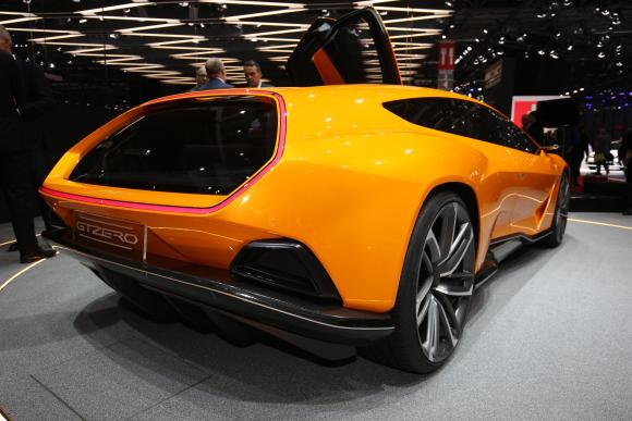 italdesign-gtzero-zaps-geneva-if-lamborghini-built-a-tesla-model-s-rival_8