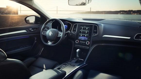 2017-renault-megane-sedan (5)