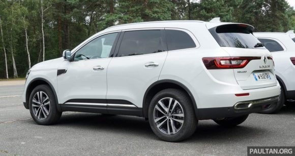 2016-Renault-Koleos-review-5-850x451
