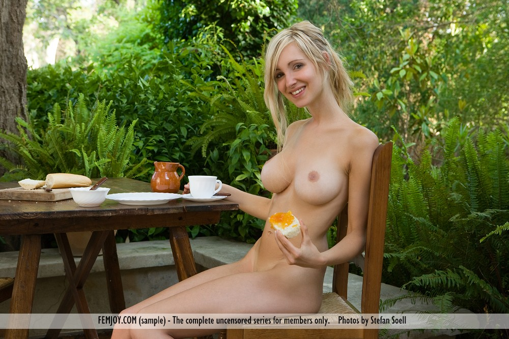 naked girls with food