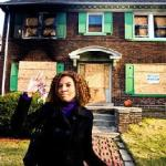Johnette Barham waves goodbye to Detroit (photo: WSJ.com)