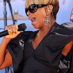 "Mary J. Blige performs on ""Good Morning America"" - July 2, 2010"