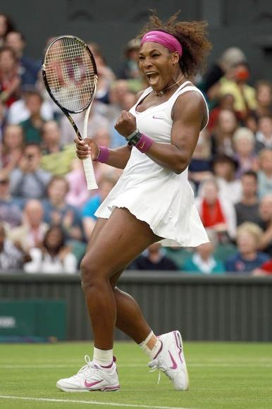 serena williams (wimbledon-07-03-12)