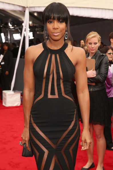Singer Kelly Rowland attends the 55th Annual GRAMMY Awards at STAPLES Center on February 10, 2013 in Los Angeles