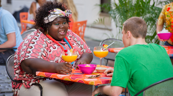 Gabourey Sidibe as Andrea and Gabriel Basso as Adam in The Big C (Season 3, episode 10) 