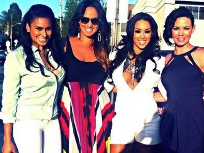 laura & gloria govan & friends
