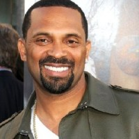Mike Epps Wins Richard Pryor Biopic Role; Gets Congrats from Kevin Hart