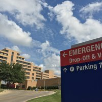 Dallas Ebola Update: 48 Cleared; Nurse's Family Hires High Profile Attorney