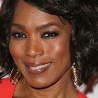 Angela Bassett Opens Up about Whitney Houston's Lesbian Rumors
