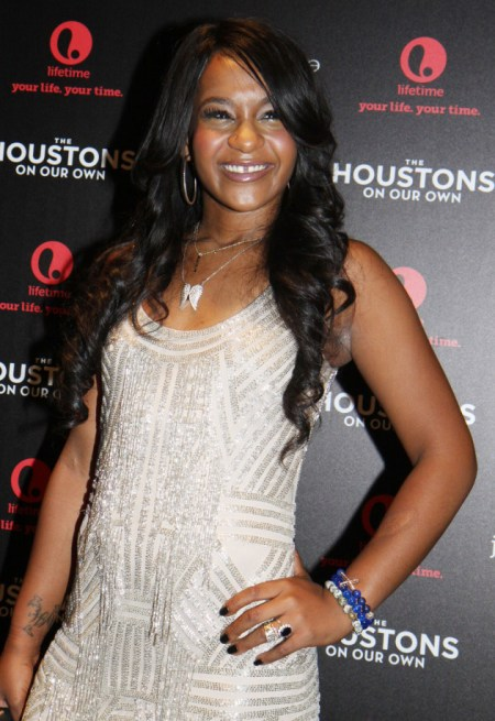 bobbi-kristina-brown-baby-bump