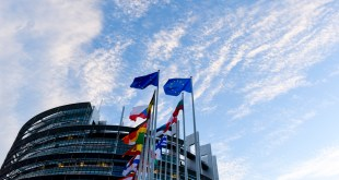 EP stockshots of EP  building in Strasbourg - Flags in front of EP building in Strasbourg
