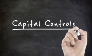 Ερώτηση στην Επιτροπή για το δυσβάσταχτο βάρος που καλούνται να πληρώσουν οι πολίτες από τα capital controls και τη λειτουργία των τραπεζών