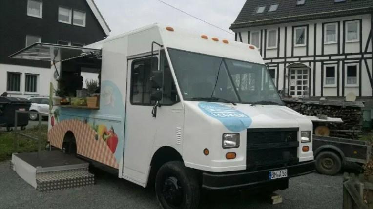zdf food truck johann lafer nelson m ller eventmobile online k ln. Black Bedroom Furniture Sets. Home Design Ideas