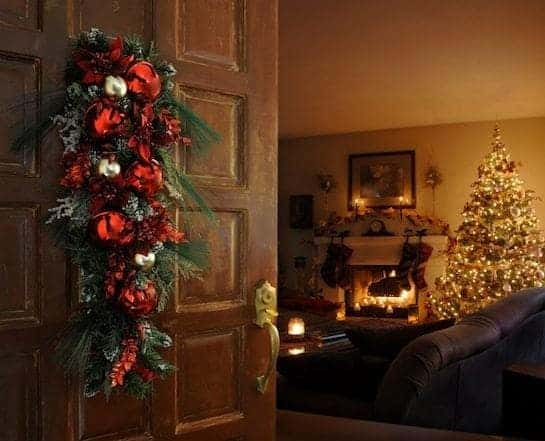 Seasonal-Christmas-Family-Room