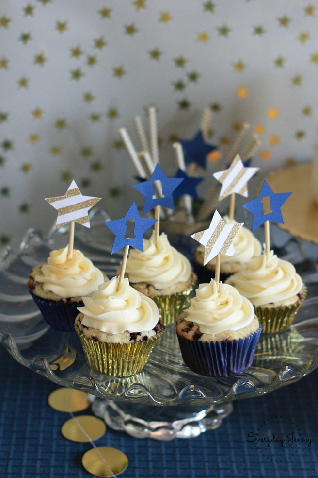 Navy and Gold Twinkle Twinkle Little Star First Birthday Party Cupcakes