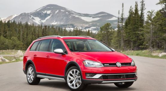 Everyman Driver: 2017 Volkswagen Golf Alltrack First Look and Drive Review with Dave Erickson