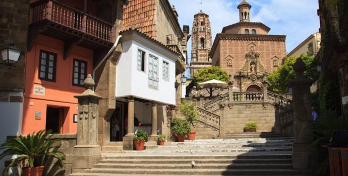 Poble espanyol le village espagnol everything barcelona for Fenetre en espagnol