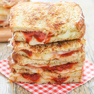 Evo Recipe - Grilled Cheese Pizza Sandwich