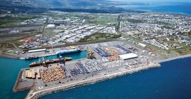 Vue arienne du port de La Runion