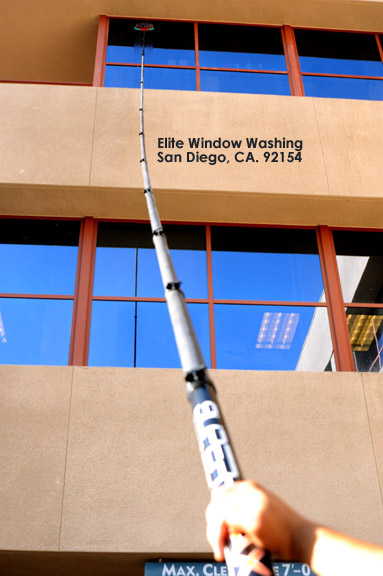Carbon-fiber-water-fed-pole-commercial-window-cleaning-san-diego