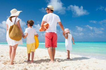 Co warto zabrać ze sobą na wakacje