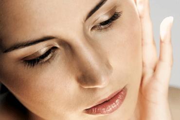 Najlepszy podkład do makijażu – jak wybrać