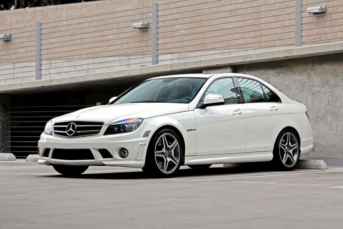 Mercedes benz c63 amg w204 review buyers guide for How to buy mercedes benz stock