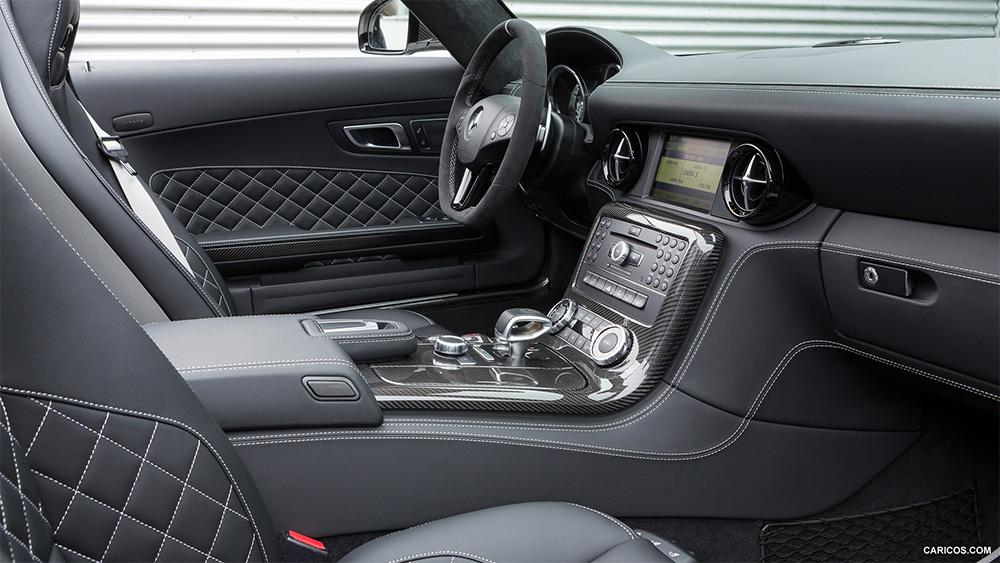 sls-amg-final-edition-interior
